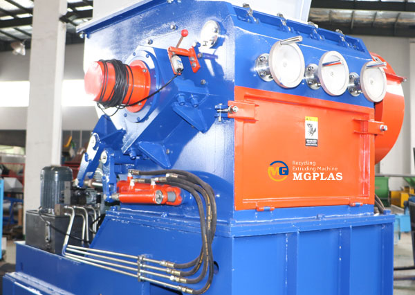 high efficiency plastic drum crusher machine for waste HDPE drums